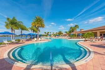 Beach sytle pool